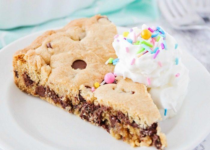 Sweet Treats – 25 Tasty Treats We Love!