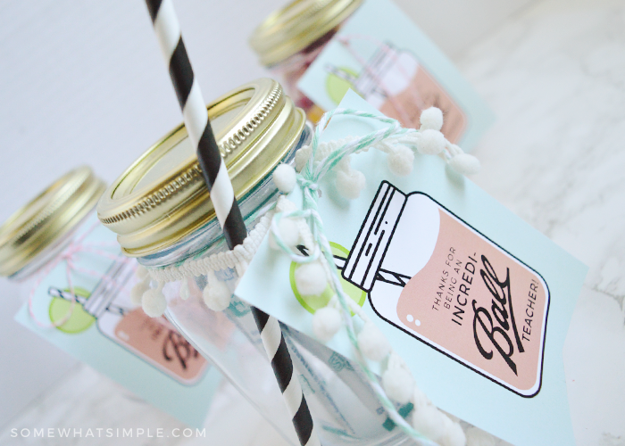Mason Jar Gifts for Teachers || Free Gift Tags