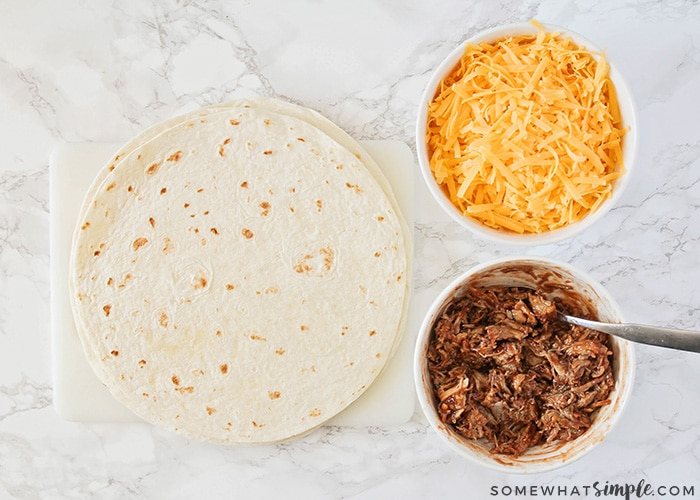 how to make pulled pork quesadillas