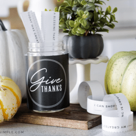 gratitude jar with paper chain for thanksgiving