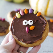 simple turkey sugar cookies diy how to tutorial recipe thanksgiving treat cute decorate kids