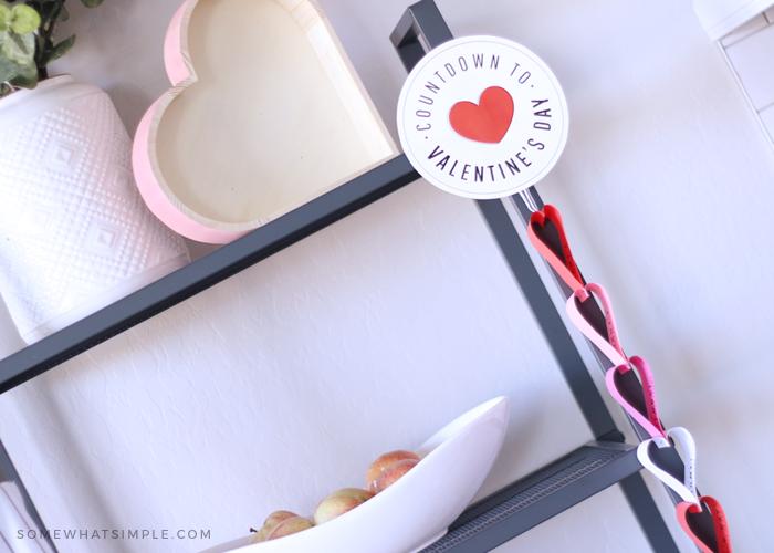 Valentine's Day countdown chain