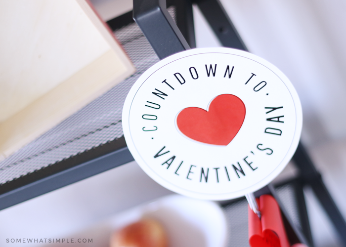 Valentine's Day countdown chain with printables