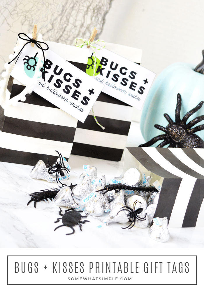 These Bugs and Kisses Halloween Treat Bags are super cute and so easy to put together, your kids can help! #treats #bugsandkisses #halloweenprintables #halloween #halloweentreatbags #partyfavor via @somewhatsimple