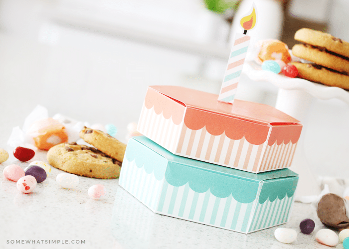 how to make a paper treat box