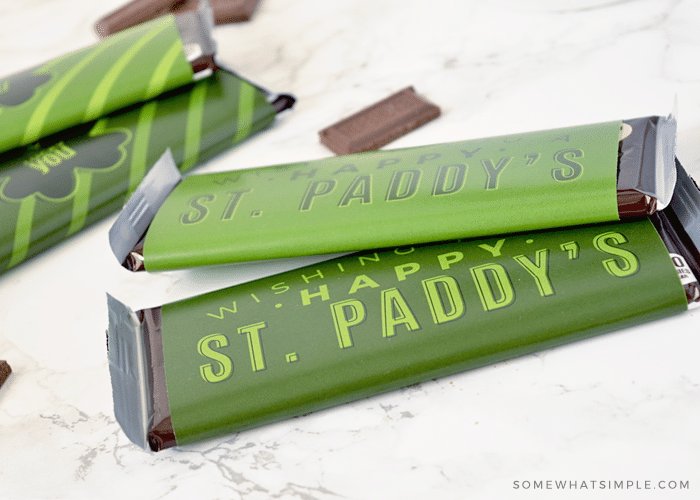 candy bars covered with a st paddy's day label