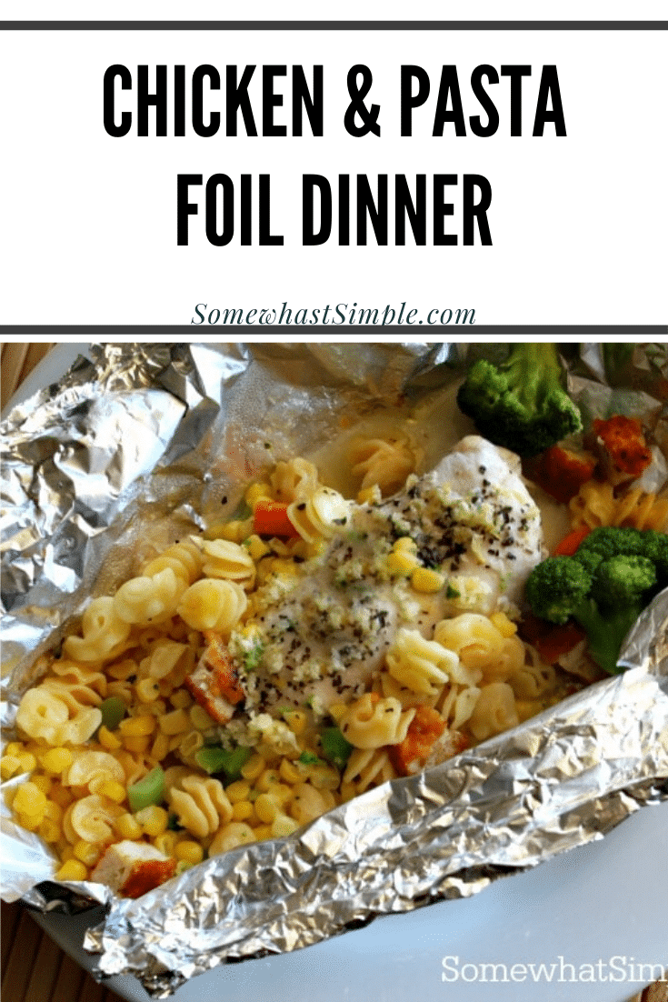 Get dinner on the table in less that 30 minutes with nearly no cleanup at all thanks to this delicious Lemon Chicken Pasta Foil Dinner! Foil dinners have all of the delicious flavors of camping without having to sleep outside. #foildinner #chicken #pasta #howtomakeafoilpacketdinner #easydinner via @somewhatsimple