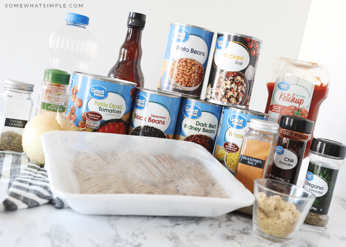 ingredients to make turkey chili in an instant pot