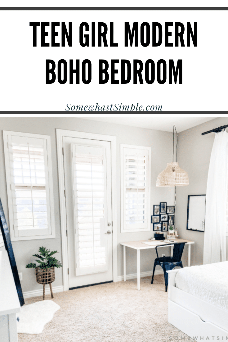 Leah's bedroom gets a fresh new design, featuring bold blacks and whites and natural textures. This modern boho bedroom is comfortable, clean, and captivating! This modern decor is perfect and something every teen girl will love! via @somewhatsimple