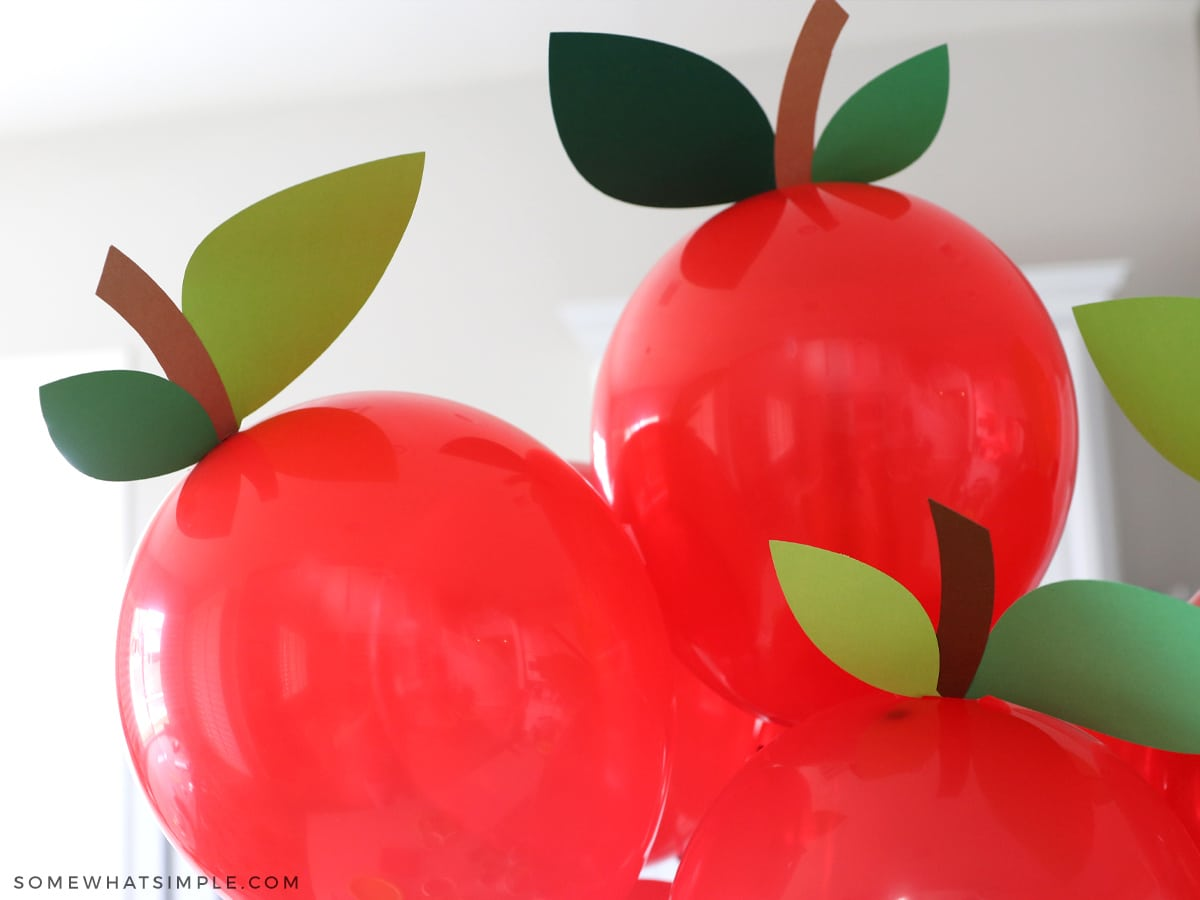 red apple ballooons