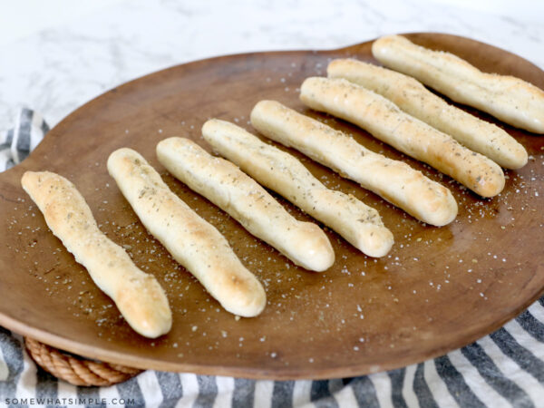 seasoned breadsticks