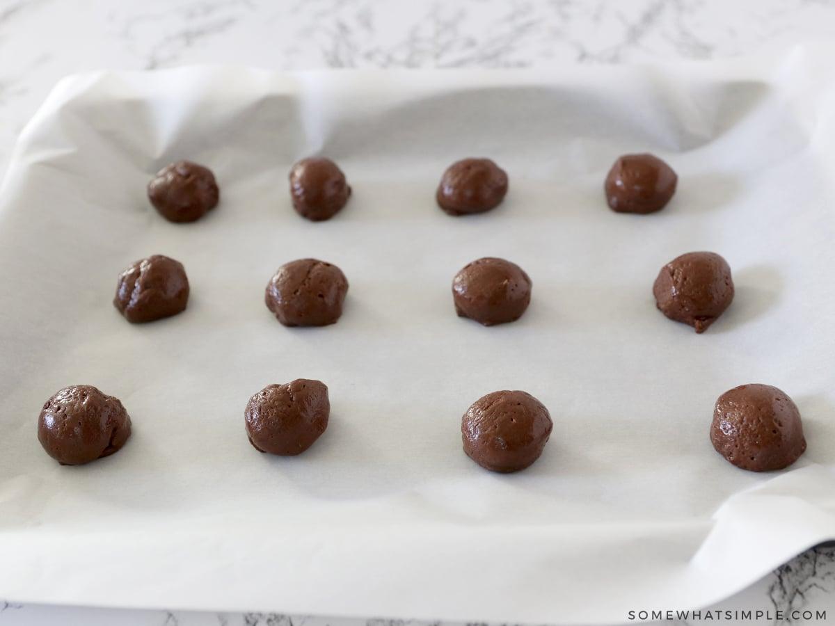 12 dough balls of chocolate cookie dough